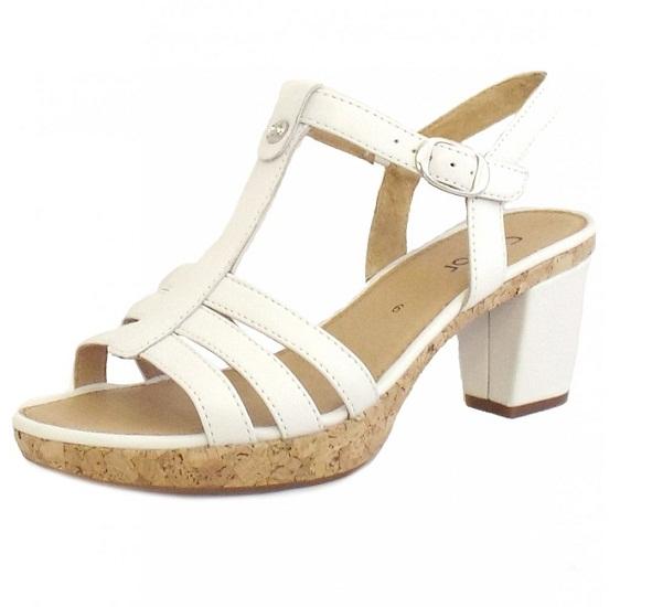 6b4acbd173e0 White Leather Sandals