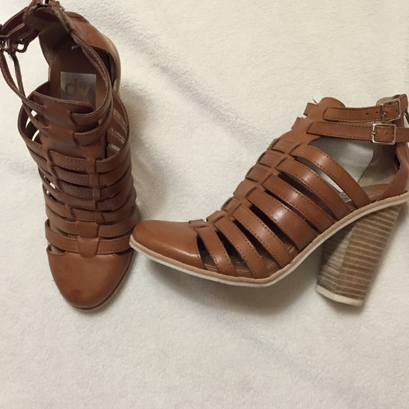 5d84ee1ae2f9 Brown Closed-Toe Gladiator Sandals
