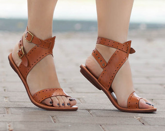 Brown Flat Sandals Women. Brown Leather Flat Sandals