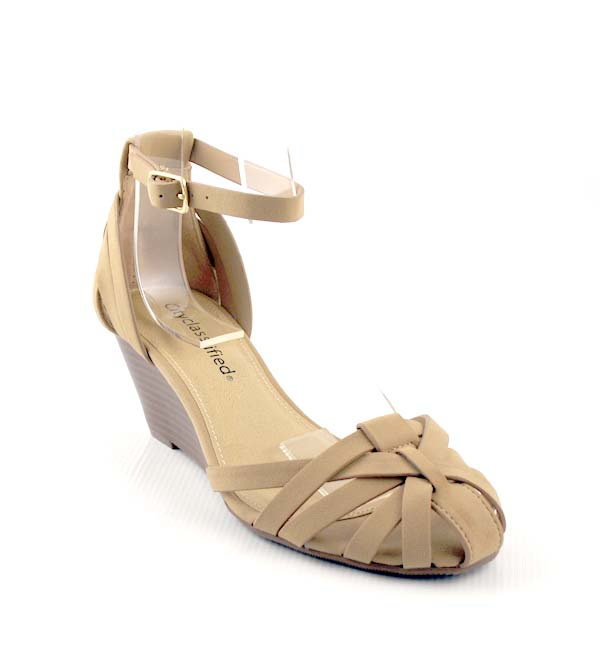 18048c1ef533 Nude Closed Toe Wedge Sandal