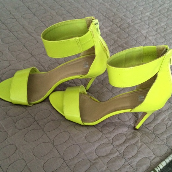 lime green sandals crafty sandals