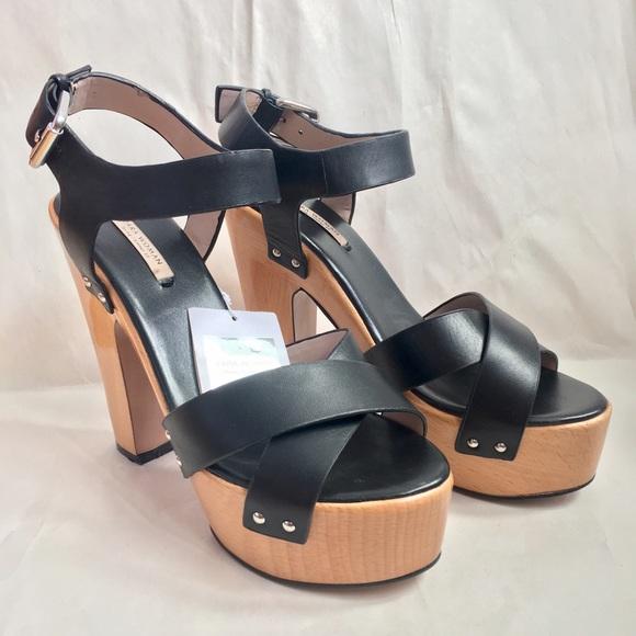 1794dd2b3395 Wooden Platform Sandals