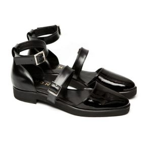 Pictures of Black Closed Toe Sandals