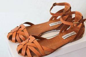 Flat Closed Toe Sandals