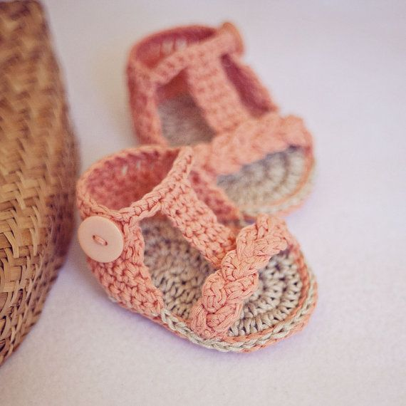Knitted Baby Sandals | CraftySandals.com